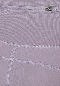 Nike Performance - FEMME FAST - Legging - violet haze/venice - 5