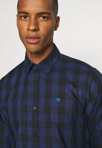Scotch & Soda - REGULAR FIT- CLASSIC CHECK  - Overhemd - dark blue/black - 4