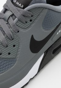 Nike Golf - AIR MAX 90 G - Golfskor - smoke grey/black/white - 5