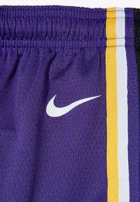 Nike Performance - NBA LOS ANGELES LAKERS STATEMENT SWINGMAN  - Sportovní kraťasy - court purple - 2