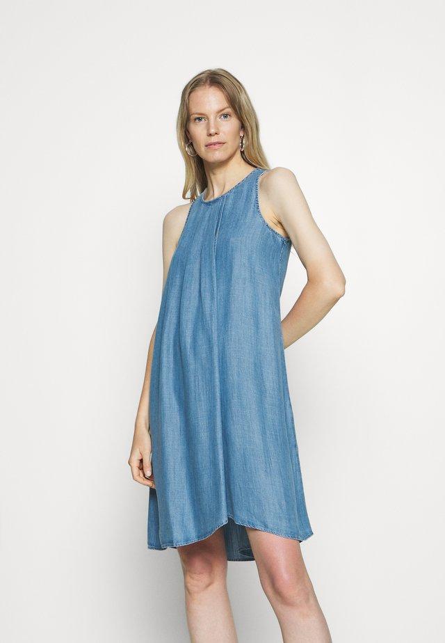 DRESS - Denim dress - blue light wash