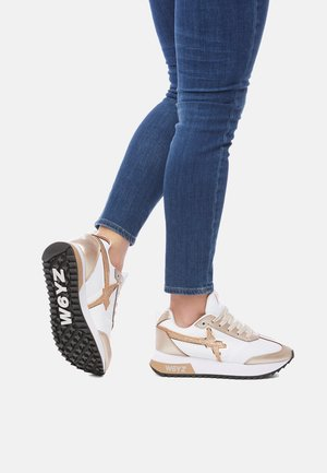 MIT GLITTER-DETAIL-ROSÉ-WEISS - Sneakers basse - white