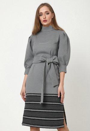 MARENA - Shift dress - grau schwarz