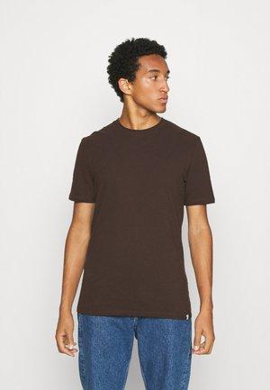SIMS - Basic T-shirt - cofee bean