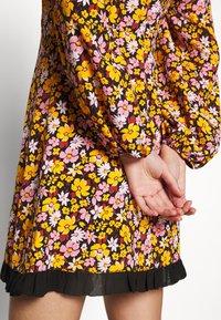 Topshop - COLLAR FLORAL MINI DRESS - Day dress - multicolor - 5