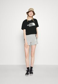 The North Face - CROPPED EASY TEE  - Print T-shirt - black - 1