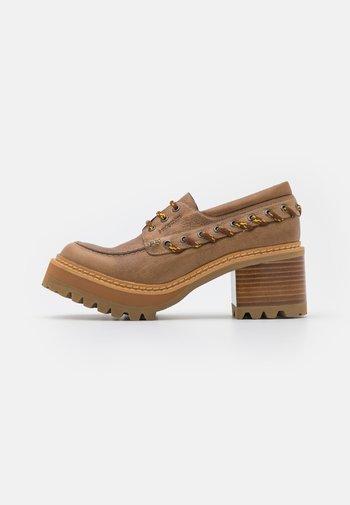 MAHALIA - Platform heels - light/pastel brown