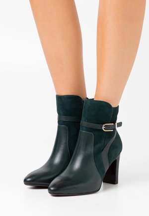 BOOTS - High heeled ankle boots - bottle