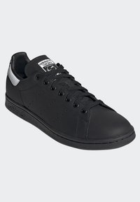adidas Originals - STAN SMITH SHOES - Sneakers basse - black - 3