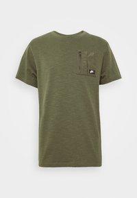 Nike Sportswear - Basic T-shirt - khaki - 4