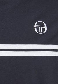 Sergio Tacchini - SUPERMAC TEE - Print T-shirt - night sky - 2