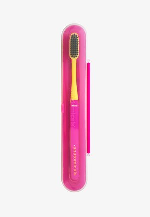 NOW AIN'T THAT THE TOOTH BINCHOTAN TOOTHBRUSH - Dental care - pink