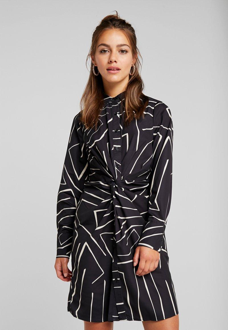 4th & Reckless Petite - TWISH KNOT DRESS - Shirt dress - black