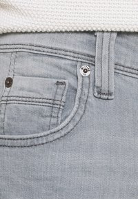 Mustang - WASHINGTON - Slim fit jeans - denim grey - 3