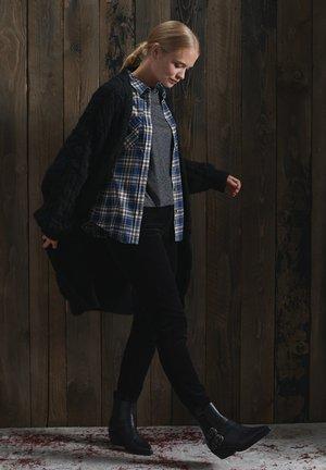 Button-down blouse - high trail blue check