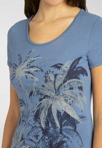 Apart - T-shirt imprimé - blau - 3