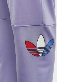 adidas Originals - Pantalon de survêtement - purple - 3