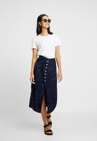 Leon & Harper - JAYGGER - A-line skirt - black iris - 1
