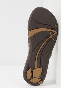 Reef - MISS J-BAY - Sandály s odděleným palcem - copper - 4