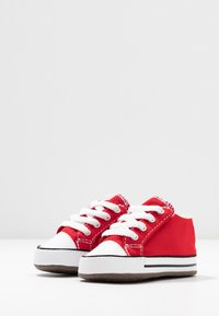Converse - CHUCK TAYLOR ALL STAR CRIBSTER MID - First shoes - university red/natural ivory/white - 3