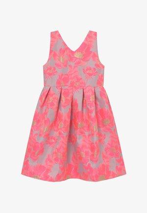 GIRLS - Koktejlové šaty/ šaty na párty - pink