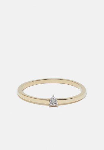 0,01 CT. DIAMOND - Ring - gold