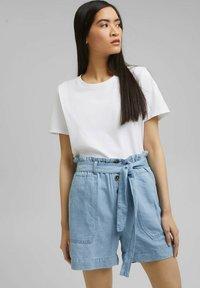 Esprit - Denim shorts - blue light washed - 4
