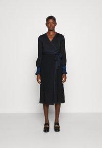 Diane von Furstenberg - YOLANDA DRESS - Jumper dress - new navy - 0