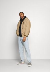 Carhartt WIP - ACTIVE JACKET DEARBORN - Light jacket - dusty brown - 1