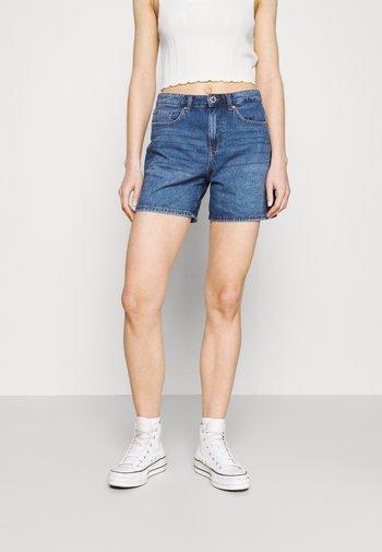 ONLPHINE LIFE  - Shorts di jeans - medium blue denim