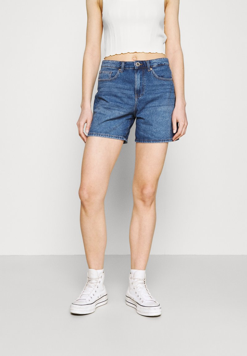 ONLY - ONLPHINE LIFE  - Shorts vaqueros - medium blue denim