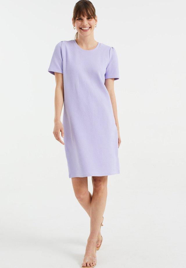 MET STRUCTUUR - Gebreide jurk - lilac