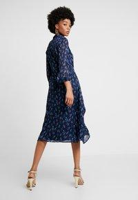 YAS - YASRICHA 3/4 MIDI DRESS - Shirt dress - navy blazer - 2