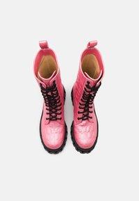 Koi Footwear - VEGAN FONTAINE - Platform boots - pink - 5