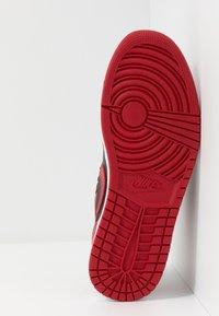 Jordan - AIR 1 - Sneakers - gym red/black/white - 4