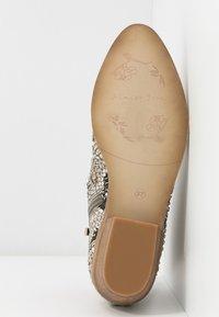 Alma en Pena - Ankle boots - white - 6