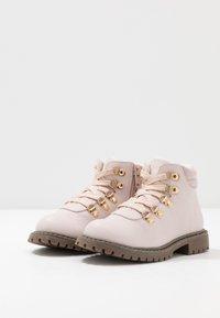 Friboo - Šněrovací kotníkové boty - lilac - 3
