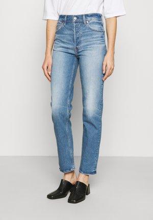 CHEEKY STRAIGHT EAMON - Straight leg jeans - medium indigo
