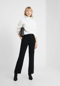 DRYKORN - CYNARA - Sweter - white - 1
