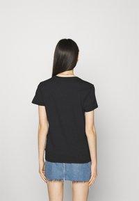 Levi's® - THE PERFECT TEE - Print T-shirt - caviar - 2