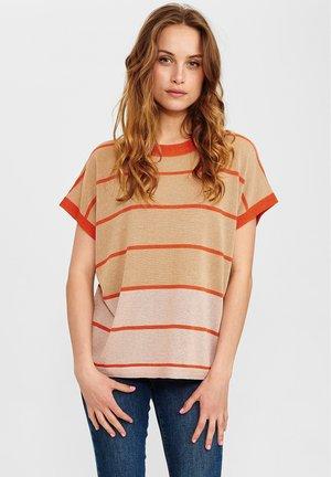 Print T-shirt - ginger root