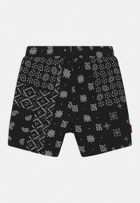 Levi's® - Shorts - black/white - 1