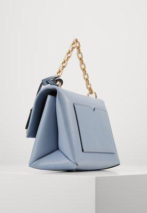 CHAIN - Käsilaukku - pale blue