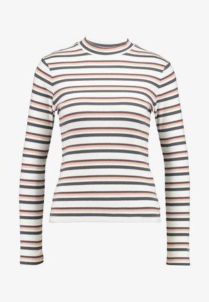 PENNY MOCKNECK - Langærmede T-shirts - annabeth cloud dancer