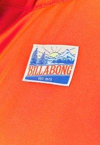 Billabong - DOWN RIDER - Snowboard jacket - samba - 5