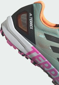 adidas Performance - TERREX SPEED PRO  - Løpesko for mark - green - 6
