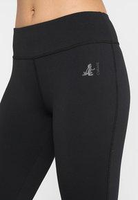 Curare Yogawear - LEGGINGS HIGH WAIST - Legging - black - 4
