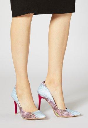 High heels - rosa