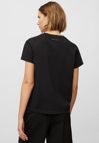 Marc O'Polo - Basic T-shirt - black - 2