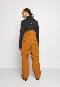 O'Neill - SHRED BIB PANTS - Zimní kalhoty - glazed ginger - 2
